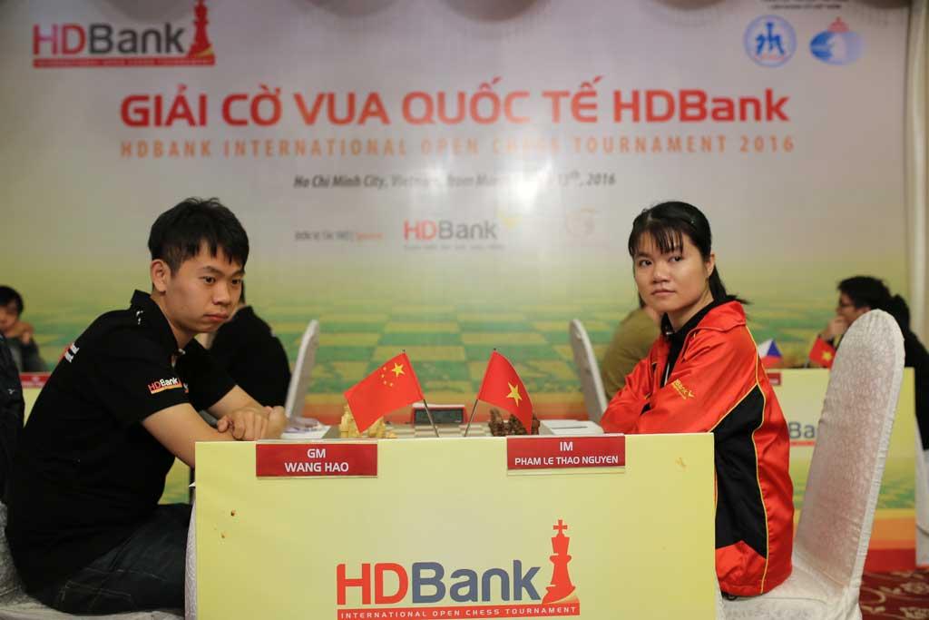 Giải cờ vua quốc tế HDBank 2016 mở màn đầy cảm xúc